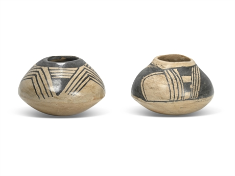 Pair Miniature Mata Ortiz Pots