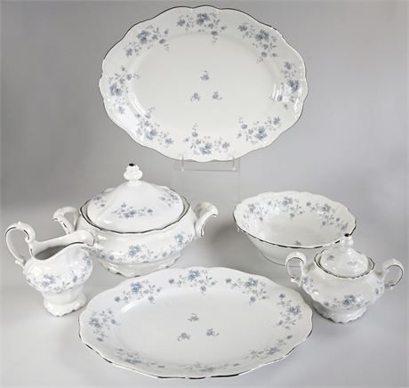 "Haviland Bavaria ""Blue Garland"" Serving Pieces"