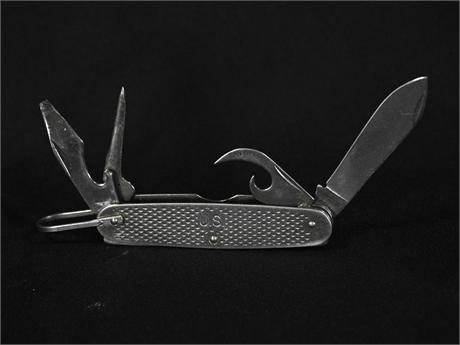 Vietnam Era Camillus Pocket Knife
