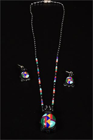 Zuni Turtle Fetish Necklace and Earring Set