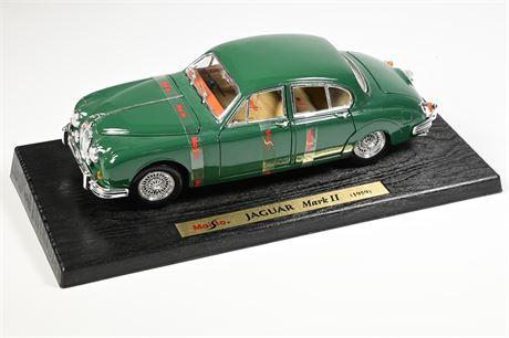 1959 Jaguar Mk2 - Green