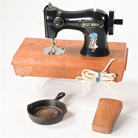 Holly Hobbie Sewing Machine and More