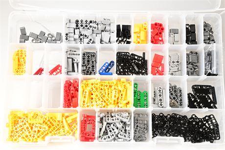 Lego Pieces (791 Pieces)