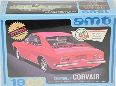 AMT 1969 Chevy Corvair 1/25 scale