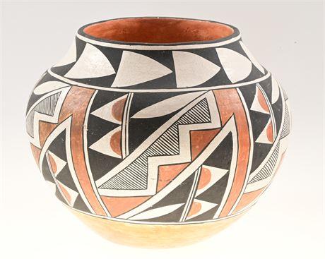 "Acoma 9"" Pot by Frances Torivio"