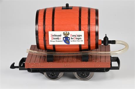 LGB - Lehmann 4047 Wine Barrel on Flat Bed Car Model Train Car