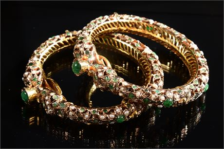 Vintage Nouveau Mughal Emerald Hinged Bangles