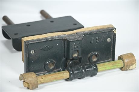 Vintage Littco Under Bench Woodworkers Vise # 198