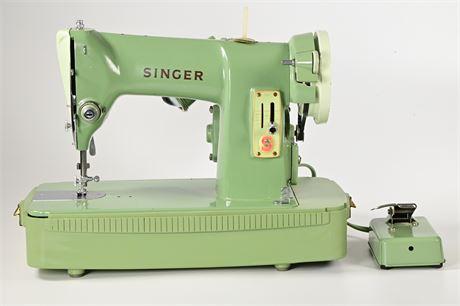 Vintage Green Singer 185K Sewing Machine in Case