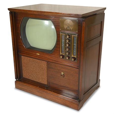 Early 1950's Sherbrooke RA-109-A3 TV Radio by DuMont