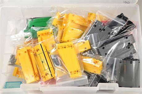 Lego Pieces (100 Pieces)