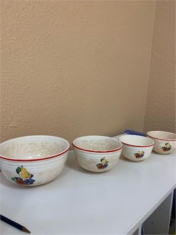Vintage  Kitchen Bowl Set