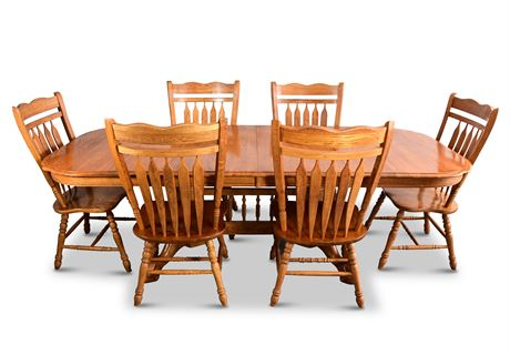 Classic Oak Trestle Dining Set