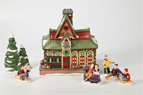 Department 56 Heritage Village Collection, North Pole Series