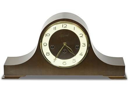Traditional Mantel Clock with Key
