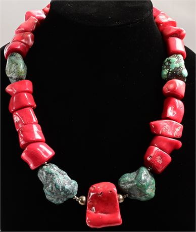 Gaudy Chunk Necklace