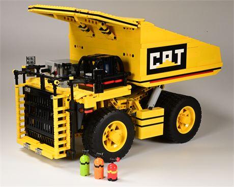 Lego Technic CAT Mining Truck