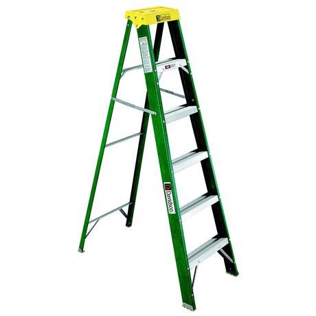 Davidson 7' Fiberglass Ladder