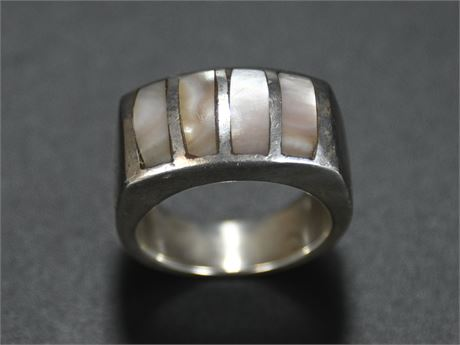 Sterling and Mother of Pearl Ring