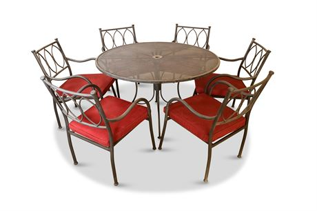 Seating for Six: Patio Dining