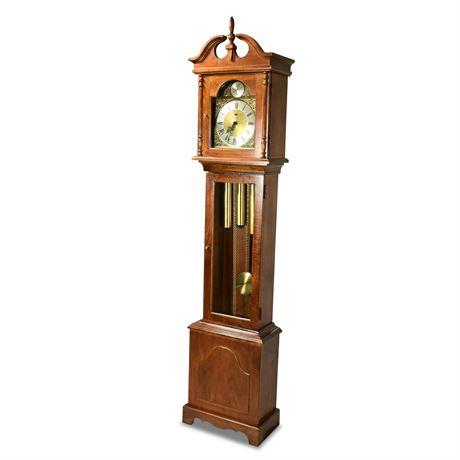 Classic Ridgeway Grandfather Clock
