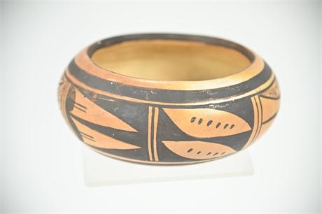 Vintage Hopi Pueblo Pot