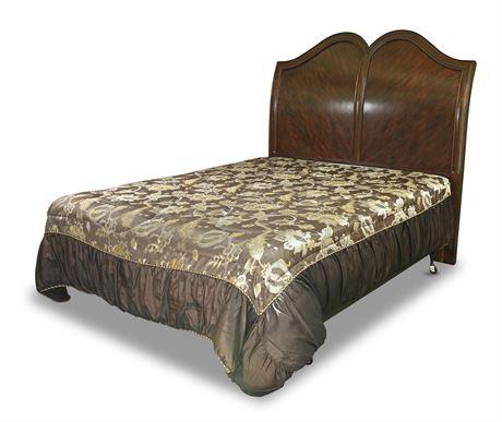 Elegant Queen Panel Bed