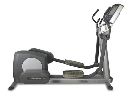 Life Fitness 95Xe Elliptical Cross-Trainer